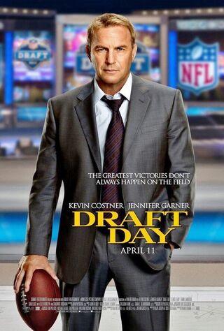 Draft Day (2014) Main Poster