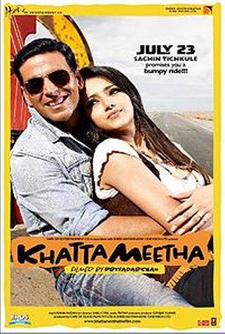 Khatta Meetha (2010) Main Poster