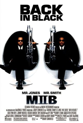 Men in Black II (2002) Main Poster