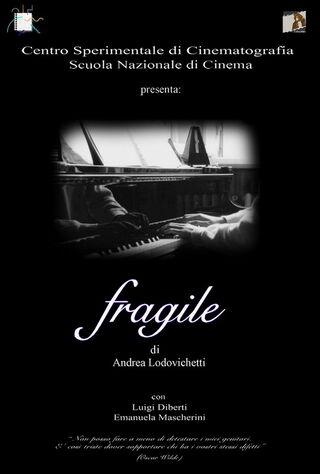 Fragile (2005) Main Poster