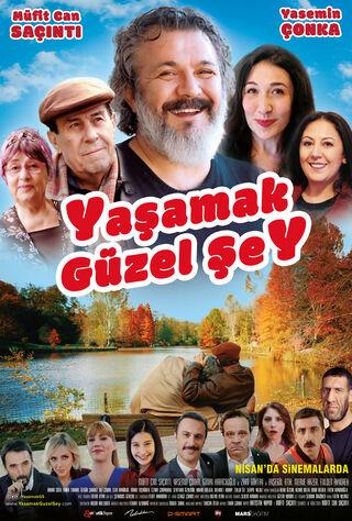 Yasamak Güzel Sey (2017) Main Poster